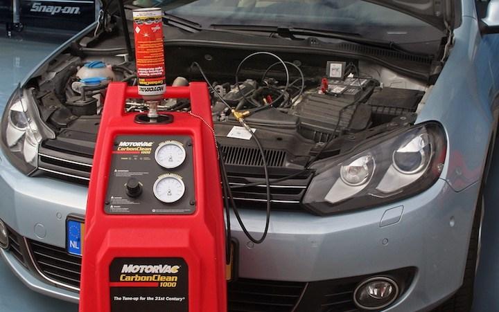 Berühmt EGR en inlaatsysteem reinigen met MotorVac goedkoper en beter dan #TL_45